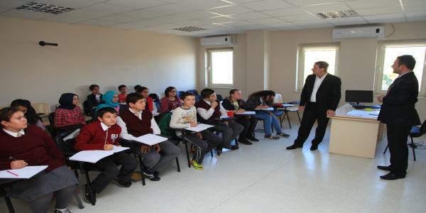 Başkan Demirci, Bilgi Evlerini Ziyaret Etti