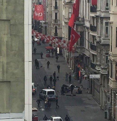 İstiklal Caddesi'nde patlama! İşte ilk görüntüler,