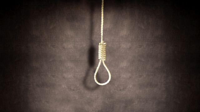 51 yaşındaki kadın kendini asarak intihar etti