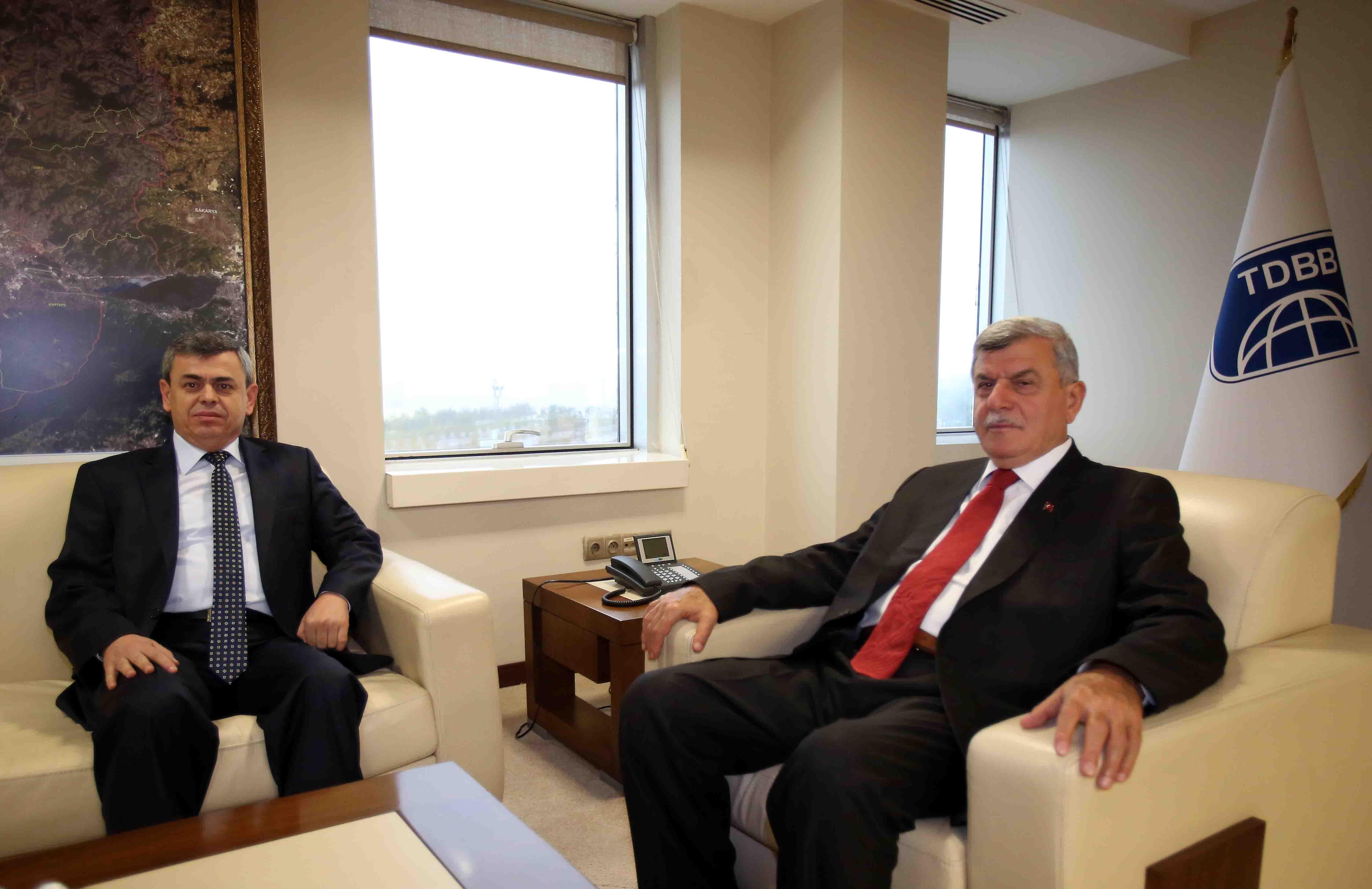 Emniyet Müdürü Yarımel'den Başkan Karaosmanoğlu'na veda