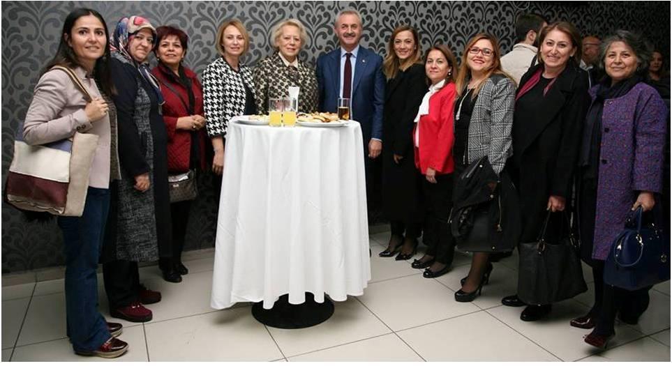 Çiler 5 Aralık Dünya Kadın Hakları Günü'nü Kutladı