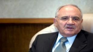 Yeni Savunma Bakanı Vecdi Gönül oldu