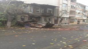 Darıca'da bulunan tarihi Rum evi çöktü
