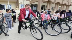 Çayırova Belediyesi 4 Bin 760 Öğrenciye Bisiklet Dağıtacak