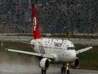 THY uçağı geri dönmek zorunda kaldı