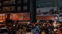 Galatasaray taraftarı sokaklara döküldü