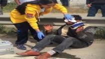 Motosiklet kontrolden çıkarak otomobile çarptı