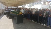 Kazada hayatını kaybeden üniversiteli gençler toprağa verildi