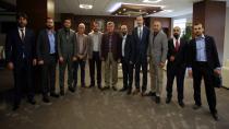 Başkan Karaosmanoğlu, GENÇSİAD ve Dilovası Kızılay yönetimini ağırladı