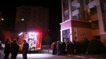 Apartmanda çıkan yangın vatandaşları sokağa döktü