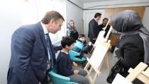 Çayırova Belediye Başkanı Şevki Demirci, Gençlik Merkezi Kursiyerleriyle Bir Araya Geldi