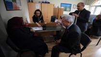 Başkan Karaosmanoğlu,Yeni çipli kimlik kartı için başvuru yaptı