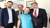 Milletvekili Çakır'dan 'Özel' çocuklara ziyaret