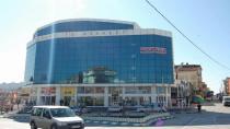 Çayırova'da iş merkezinde silah ve mühimmat ele geçirildi