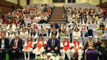 41 ülkeden çocuklar Vali Güzeloğlu'nu ziyaret etti
