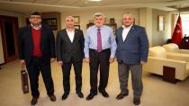 """Başkan Karaosmanoğlu,""""Sağlık çalışanlarını gönülden kutluyorum"""""""