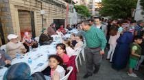 Darıca Ailesi Ramazan Sevincini Birlikte Paylaşıyor