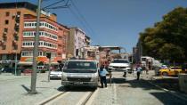 Tramvay hattına park eden araçlara ceza