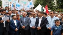 Kocaeli'de cuma namazı çıkışı İsrail protesto edildi