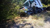 Otomobil ile tır kafa kafaya çarpıştı: 1 ölü, 1 yaralı
