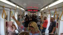 Akçaray'da bir günde 20 bin 720 yolcu taşındı