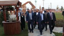 Başbakan Yardımcısı Fikri Işık Çayırova'da Yatırımları İnceledi
