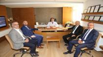 Başbakan yardımcısı, Höbek'i ziyaret etti