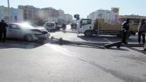 Kırmızı ışık ihlali kazaya neden oldu: 4 yaralı