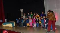Çocukların tiyatro keyfi