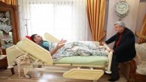 Başkan Karaosmanoğlu, Mehmet Ali Okur'u ziyaret etti