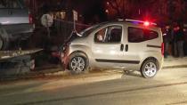 Ticari araç ile otomobil çarpıştı: 2 ölü, 3 yaralı
