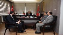 Başkan karabacak Aksoy'u ziyaret etti