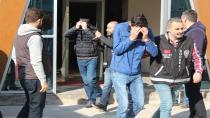 Kargocu kılığında yaşlı kadını darp eden şahıslara tutuklama