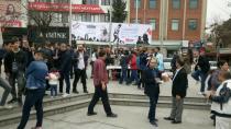 CHP'li Kadın ve  Gençlik Kolları Çanakkale şehitlerini unutmadı