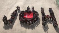 Öğrenciler, 'JÖH ' koreografisi ile Mehmetçiğe destek verdi