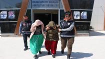 Evlerden 27 bin TL'lik altın çalan zanlılardan 2'si tutuklandı