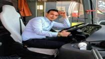 Protokol eşlerini taşırken kaza yapan minibüsün şoförü 8 gün sonra hayatını kaybetti