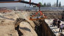 Köprülü kavşak inşaatında göçük