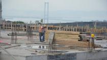 Dilovası yarı olimpik yüzme havuzu inşaatı devam ediyor