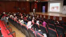 Çayırova Belediyesi'nin Eğitim ve Sağlık Seminerleri Devam Ediyor