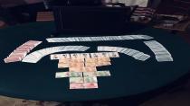 Çayırova'da kumarhaneye çevrilen eve polis baskın düzenledi